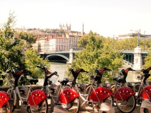 Christine Heyer, Auf Touristen vorbereitet, Lyon