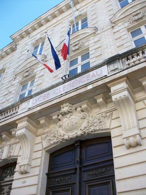 Ria Pozybill, Le Lycée Georges Clemenceau, Nantes, Pays-de-la-Loire